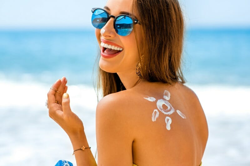 Do You Need To Wear Sunscreen Every Day (yes.. here's why)